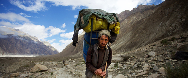 k2-and-the-invisible-footmen-1-1600x667